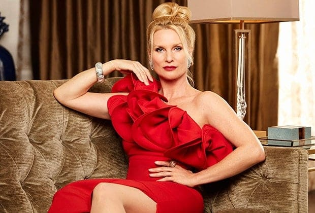 Nicollette Sheridan quitte Dynasty, rôle d'Alexis Carrington 1