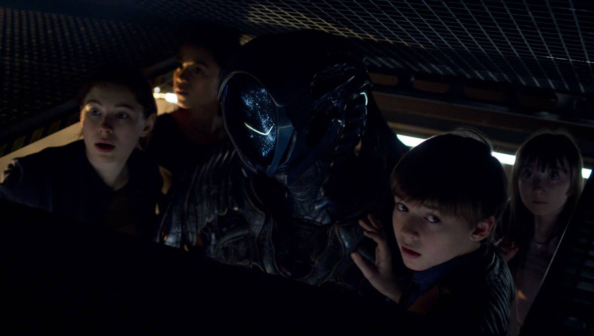 Cela vaut-il la peine de regarder Lost In Space Netflix Show 2021 ? 38