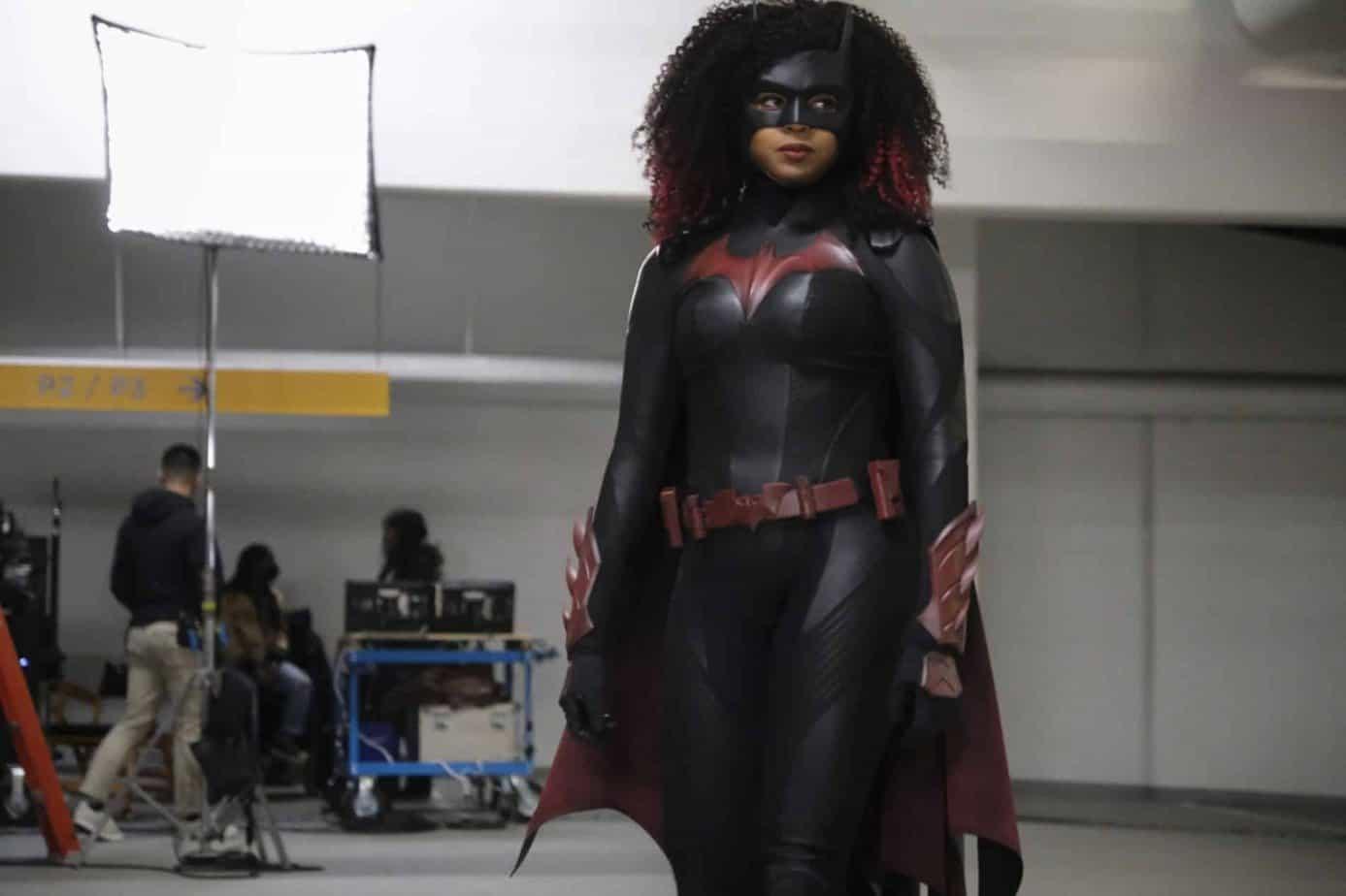 Batwoman Saison 3 : Date de sortie, acteurs, intrigue et tous les détails ici !! 34